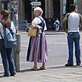 Tradtional_woman_on_street