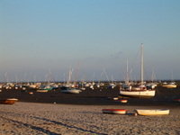 Boats_low_tide_sunset_2